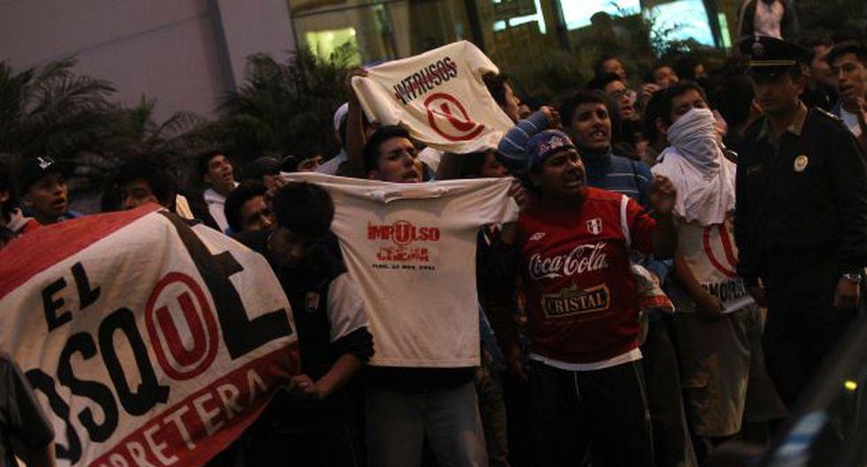 Trinchera Norte hizo saber su malestar por la decisión de Ángel Comizzo. (Perú21)