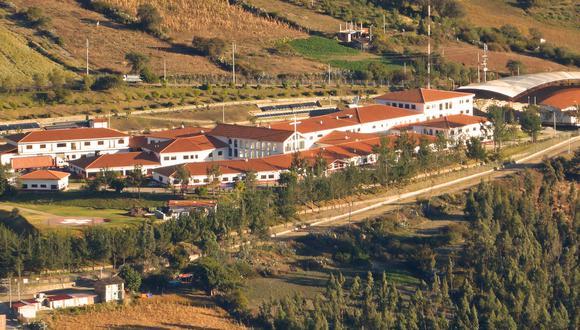 El hospital Diospi Suyana se ubica en Curahuasi, Apurímac. Ha brindado atención a más de 420 mil pacientes de todo el país.
