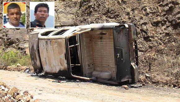 Así quedó la camioneta de los agentes de Inteligencia. Arriba, suboficiales caídos Henry Santa Cruz y Michel Civiris. (USI)