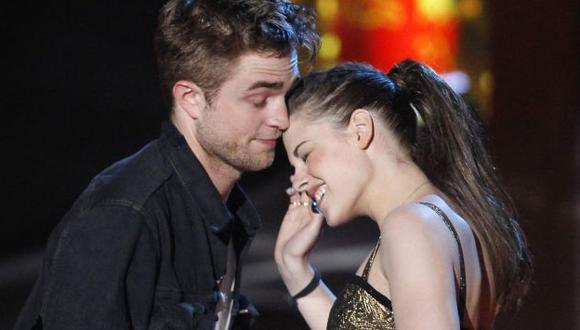 Pattinson dice que le gustaba el olor de Kristen. (Reuters)