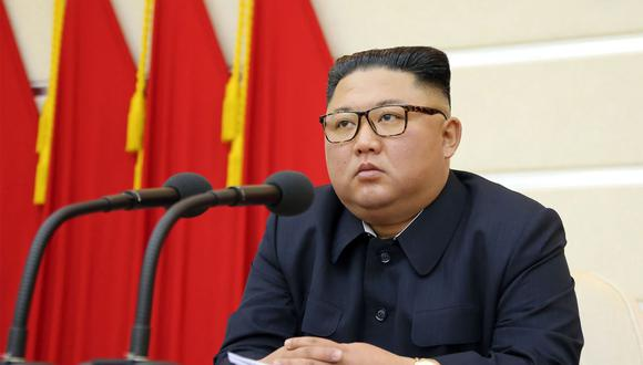 El líder norcoreano Kim-Jong-un asistiendo a una reunión del Buró Político del Comité Central del Partido de los Trabajadores de Corea. (Foto: AFP/KCNA)