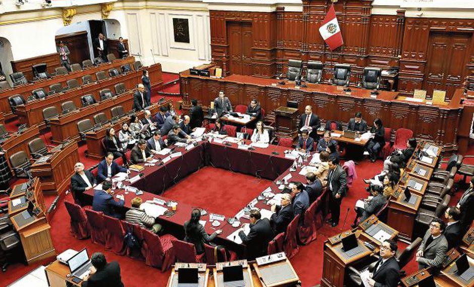 La Comisión de Constitución buscará hoy dictaminar el tercer proyecto de reforma. (GEC)