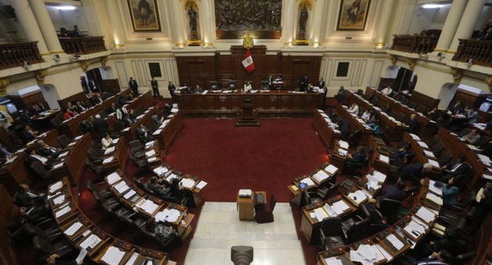 En deuda. El Pleno decide. Letona presidiría el grupo Madre Mía. (Perú21)
