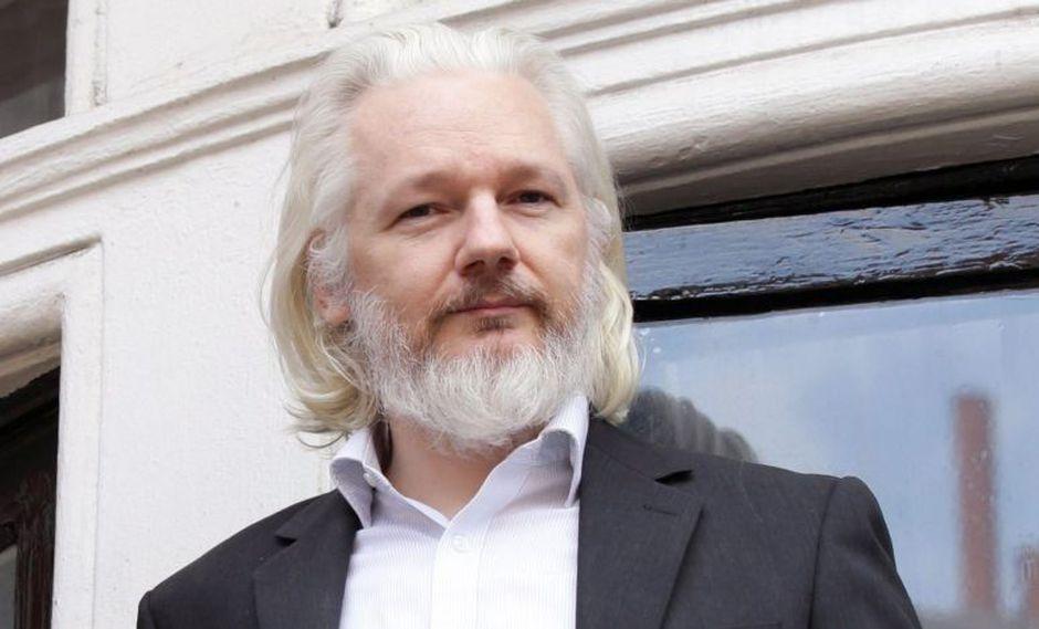 El fundador del portal de filtraciones WikiLeaks, de 47 años, permanecerá bajo custodia. (Foto: EFE)