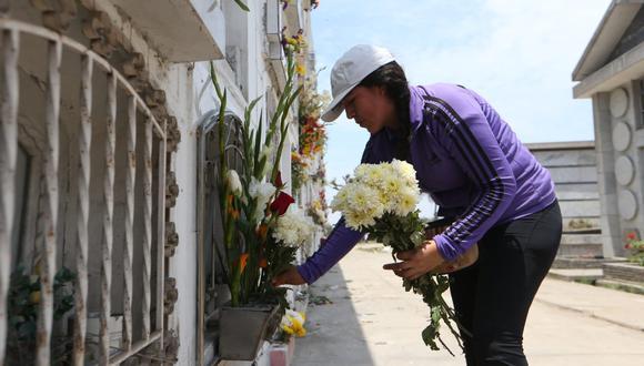 La cantidad de personas fallecidos aumentó este sábado. (Foto: Manuel Melgar / GEC)