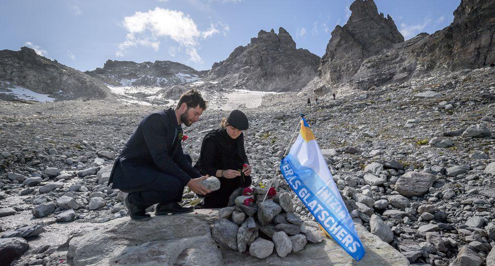 Funeral por la desaparición del glaciar Pizol, en Suiza. (AFP)