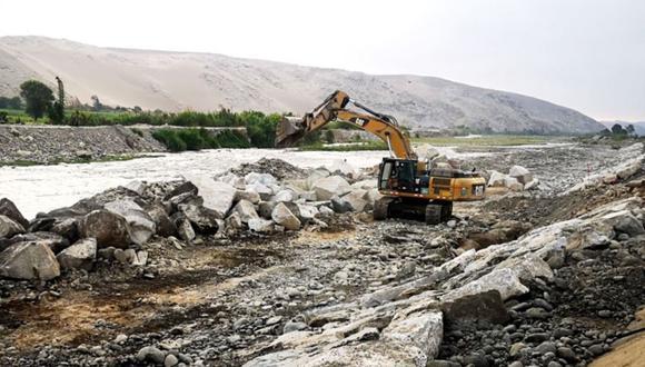 Municipios de Lima Este han iniciado acciones de limpieza en riberas de los ríos con el apoyo de la Municipalidad de Lima. (Indeci)