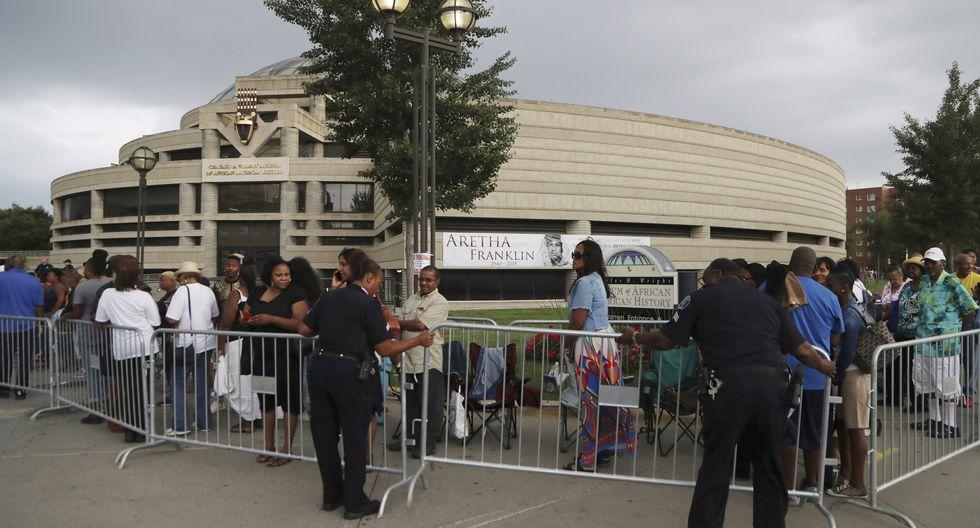 Fanáticos le dan el último adiós a Aretha Franklin (AP)