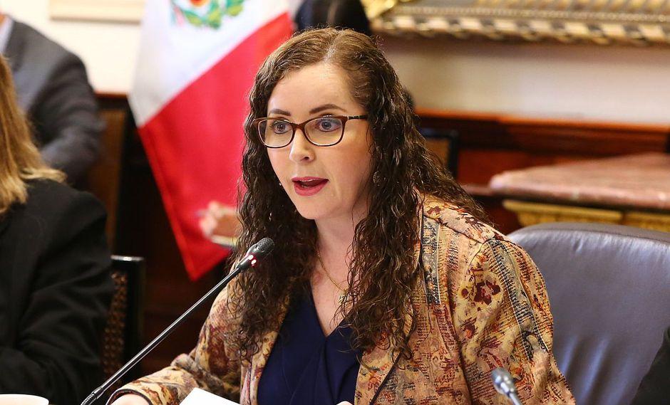 Rosa Bartra, congresista de Fuerza Popular, cuestionó que el presidente Martín Vizcarra no le haya pedido la renuncia a Patricia Balbuena. (Foto: GEC)