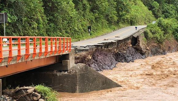Cusco: La fuerza del rio ha provocado la erosión del talud en la zona de El Dorado, informó IRRSA Sur.