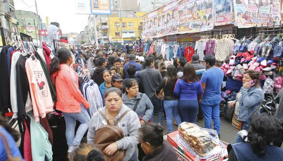 Municipalidad de La Victoria autoriza a ambulantes a seguir vendiendo en Gamarra. (Foto: El Comercio)