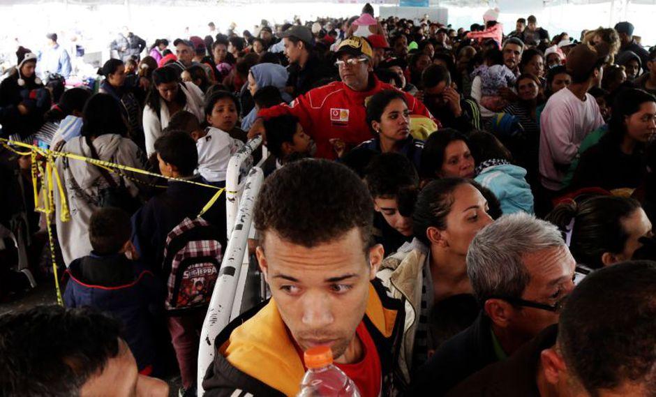 Cientos de venezolanos solicitan ingreso a los países de la región. (Foto: AP)