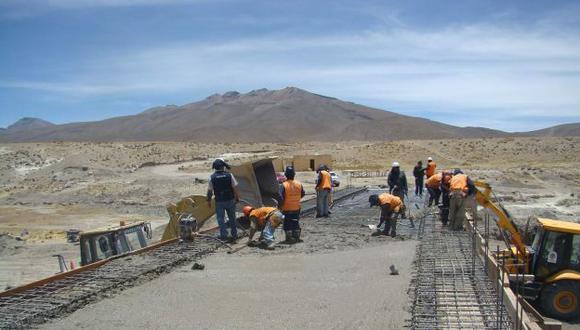 FALTAN MÁS OBRAS. Analistas piden acelerar ejecución de más proyectos de infraestructura. (Heiner Aparicio)