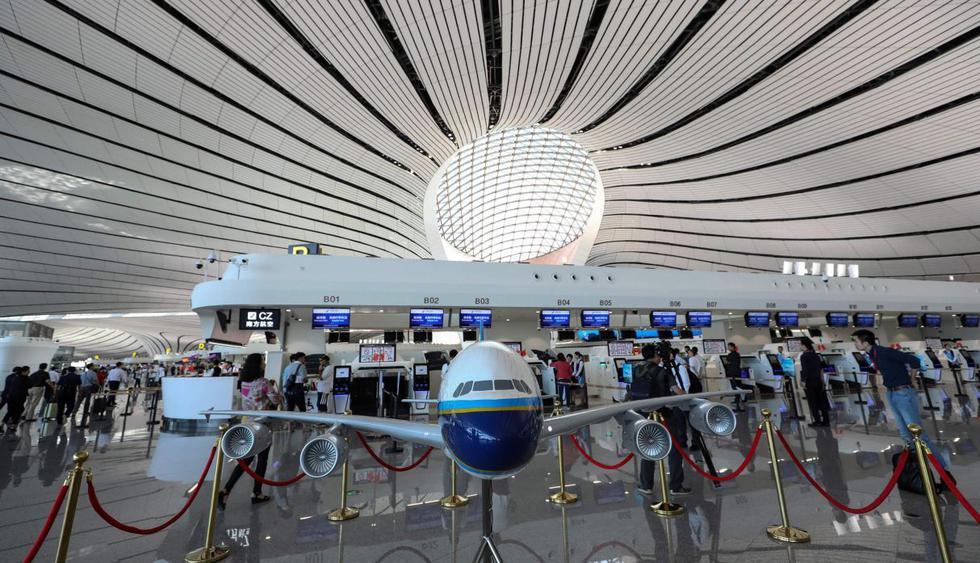 El presidente chino Xi Jinping inauguró este miércoles el nuevo aeropuerto de Beijing. (Foto: AFP)