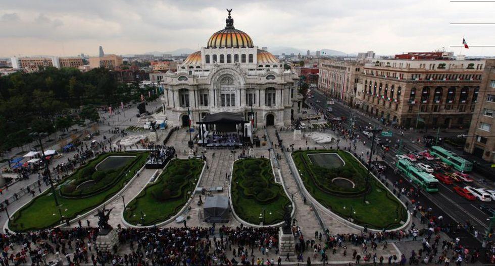 Así fue la despedida de Juan Gabriel en el Palacio de Bellas Artes de México. (EFE)
