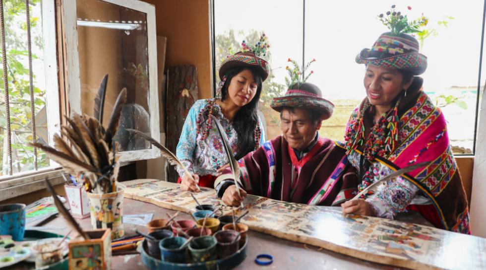 Primitivo trabaja de la mano de sus hijas. (Perú21/ Giancarlo Ávila)