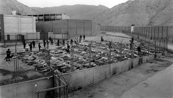 """El Poder Judicial lleva el juicio contra 35 exmarinos procesados en el marco de la presunta matanza de 135 reos en el penal """"El Frontón"""". (USI)"""