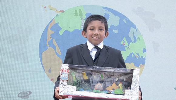 Elvis Eithan Chumpitaz Saravia (11), del colegio Beata Melchorita de la localidad de Grocio Prado (Chincha), ganó el concurso de educación ambiental. | Difusión