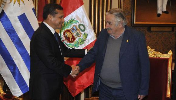 Encuentro entre mandatarios se dio en Palacio de Gobierno. (Andina)