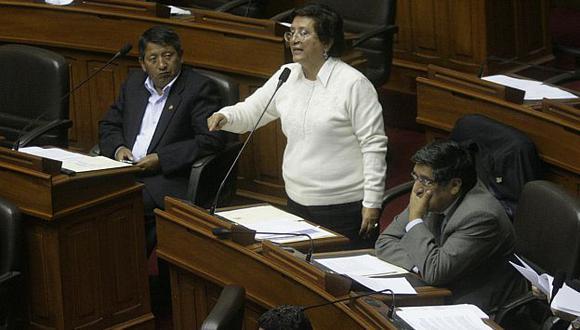 """Mavila dice que durante estos meses nunca fueron """"chi cheñó"""" ni votaron a """"pie juntillas"""". (Alberto Orbegoso)"""