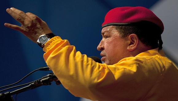 NO LA TIENE FÁCIL. Como nunca antes, Chávez tendrá una dura pelea en las elecciones del 7 de octubre. (AP)