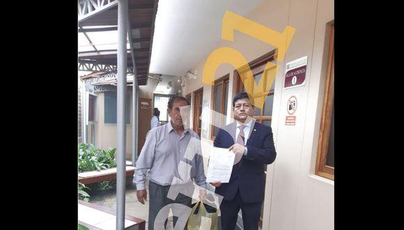 El chofer abandonó la detención junto a su abogado. (GEC)