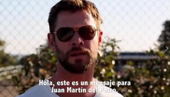 Chris Hemsworth le reclama su martillo al tenista argentino. (Facebook: Marvel).