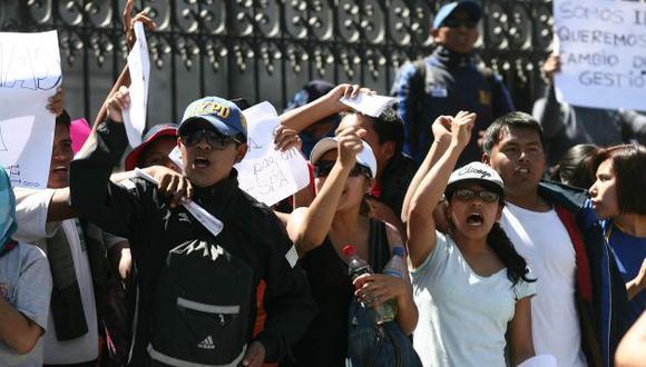 El lunes, Arequipa comenzará el plan de reemplazos si docentes no levantan la huelga