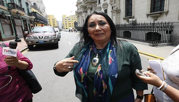 Limpia de polvo y paja. 'Mocha' ya tiene la cancha libre para asumir la embajada en Uruguay. (USI)