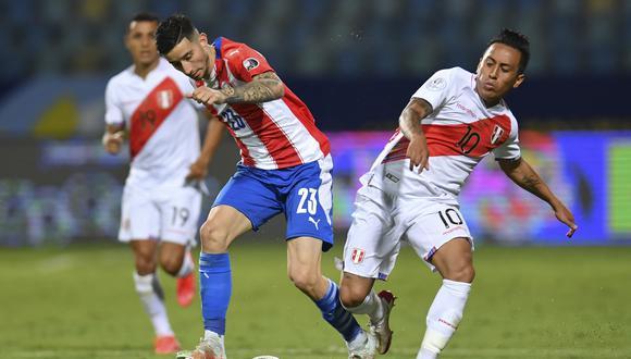 La selección peruana puede jugar tres partidos de Eliminatorias en septiembre. (Foto: AFP)