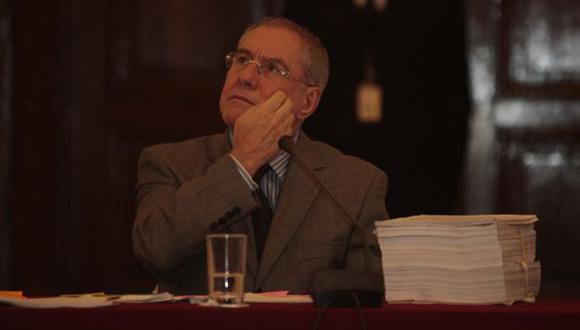 PERDIÓ. El vocal Javier Villa Stein quedó mal parado tras fallo de la Corte Internacional. (Martín Pauca)