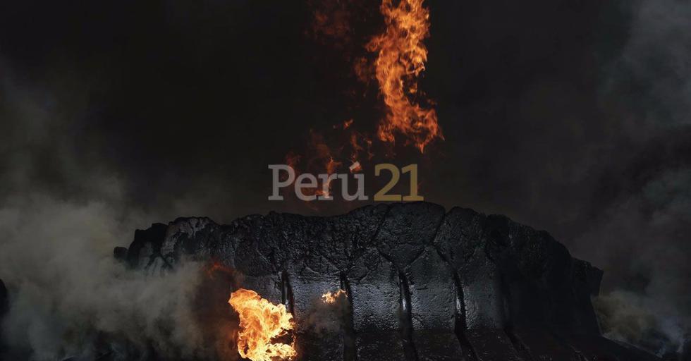 Incendio consume almacén clandestino de llantas en Trapiche (Renzo Salazar/Perú21)