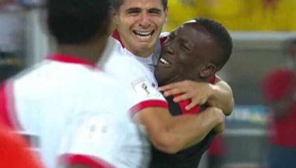 Luis Advíncula compartió un polémico meme sobre su abrazo con Aldo Corzo y enloqueció a sus seguidores (Instagram)