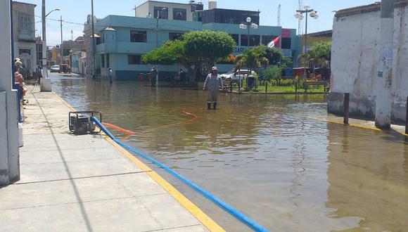 El incidente ocurrió en las primeras horas de este lunes, luego de que se abriera intempestivamente la esclusa reguladora del canal de regadío. (Ministerio de Vivienda)