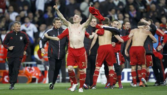 CELEBRA. Bastian Schweinsteiger convirtió el penal que metió al Bayern en la final. (Reuters)
