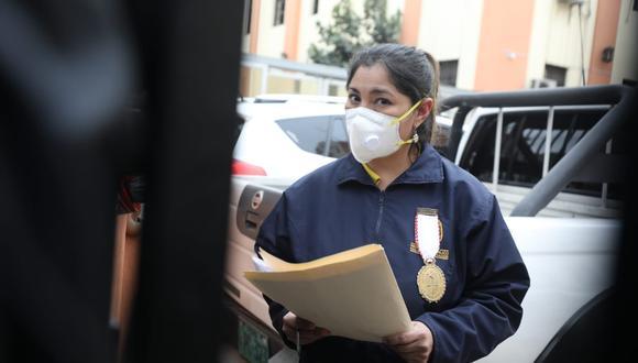 La fiscal Huacchillo se abstuvo de pronunciarse sobre la situación del presidente Martín Vizcarra. (Foto: Britanie Arroyo / @photo.gec)