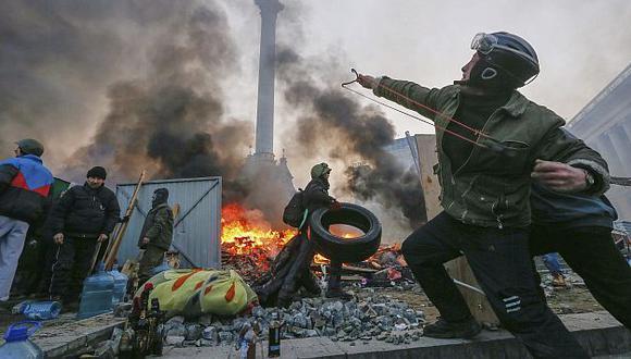 Protestas violentas en Kiev continúan. (EFE)