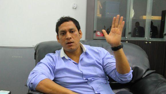 El gobernador Luis Valdez afirma que no les han transferido los recursos para ejecutar las obras de reconstrucción.