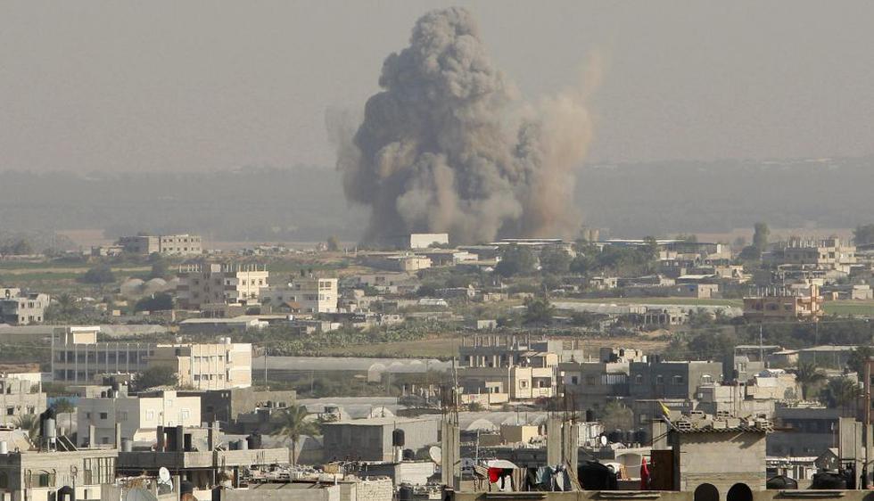 """La """"grotesca agresión"""" israelí contra Gaza va a cesar este martes afirmó el presidente egipcio Mohamed Mursi. (Reuters)"""