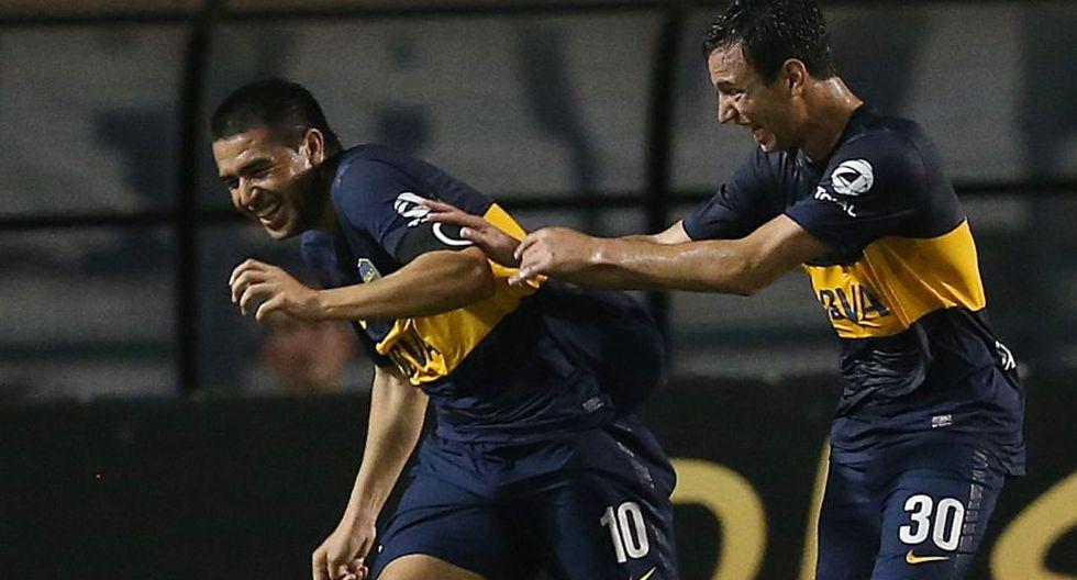 Un golazo de Riquelme fue el que eliminó al Corinthians. (Reuters)