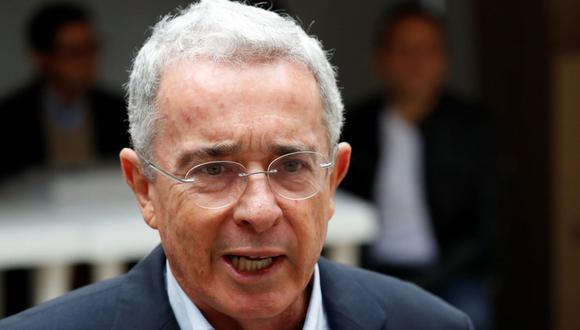 Protestas en Colombia: Bloquean cuenta de Twitter de expresidente Álvaro Uribe. (Reuters)