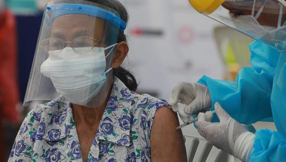 Gobiernos regionales desarrollarán la fiscalización del proceso de inmunización contra el coronavirus en sus respectivos departamentos. (Foto: Juan Ponce Valenzuela/ /@photo.gec)