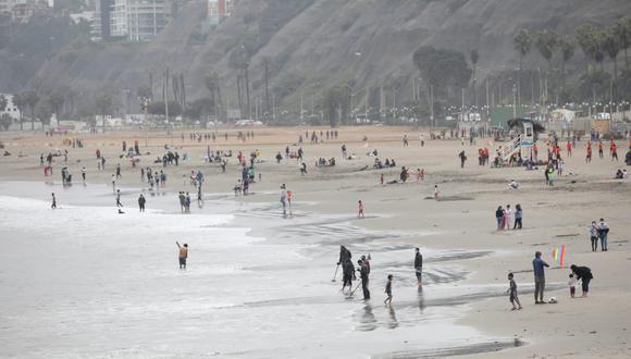 El documento fue presentado a los representantes de los distritos del circuito playas del litoral de la ciudad. (Foto: Britanie Arroyo / @photo.gec)