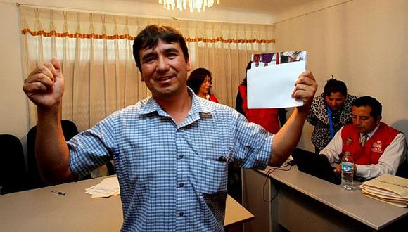 Alcalde de Pillpinto fue elegido con el lanzamiento de una moneda en el Cusco. (Andina)
