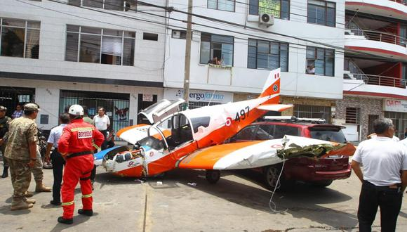 La avioneta cayó en la avenida Surco durante un vuelo de instrucción. (Miguel Bellido / GEC)