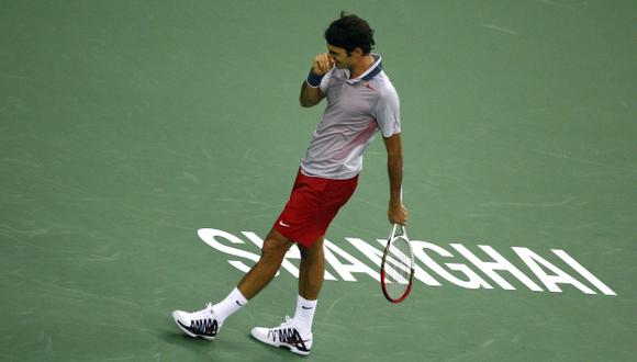 EN CAÍDA. Federer volvió a perder. Nadal y Djokovic pasaron. (Reuters)