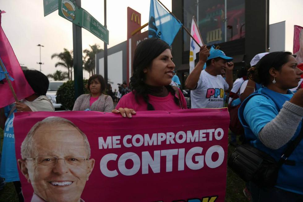 Elecciones 2016: Los simpatizantes también se hicieron presentes. (Luis Centurión)