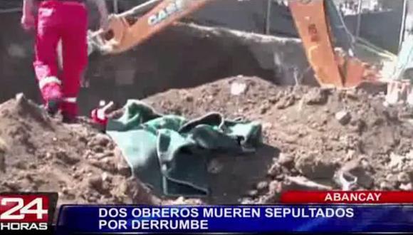 Dos obreros mueren sepultados tras derrumbe en colegio de Abancay. (24 Horas)