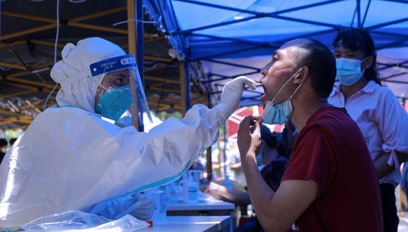 Un total de 13 contagios por COVID-19 se diagnosticaron a viajeros procedentes del extranjero, mismos que llegaron a distintos lugares de China. (Foto referencial de STR / AFP).
