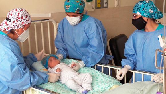 Médicos del INSN operaron con éxito a un recién nacido que tenía una enfermedad compleja en el cerebro (Foto: INSN)